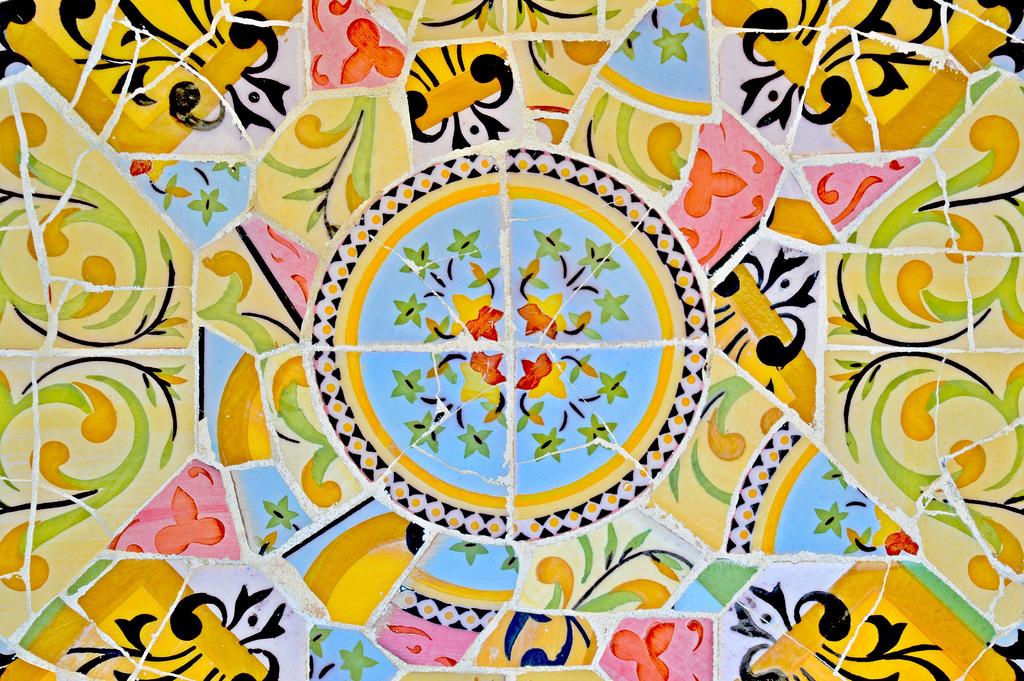 Mosaic, Park Guëll (Barcelona).