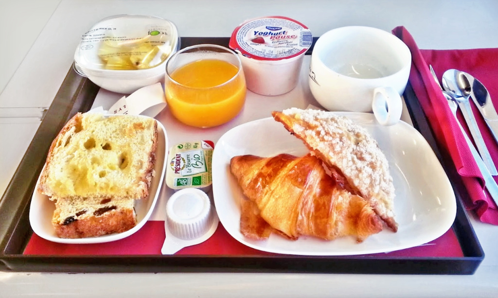 Breakfast in the Thalys